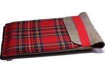 Notebookhülle mit Schottenmuster