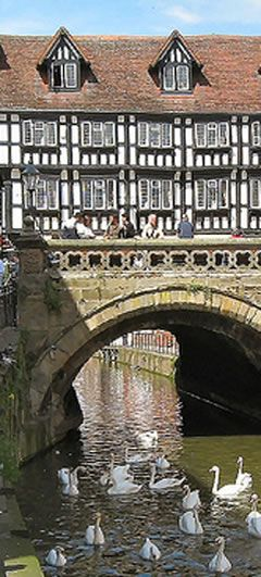 High Bridge in Lincoln, England is the oldest bridge in the United Kingdom that still has buildings on it. It was built about 1160 and a chapel built in 1235 dedicated to Thomas Becket was removed in 1762 with the current row of shops dating from 1550: