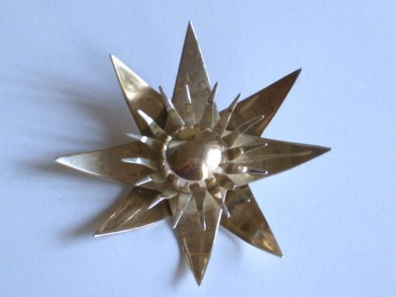 Vintage MidCentury Starburst Brooch -   Stella fell for him the very first night - by moddities, $24.00