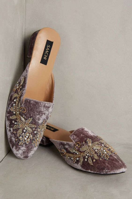 Chic Embroidery Flat Mules
