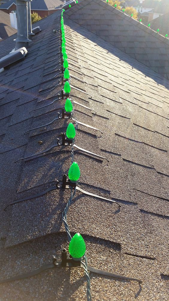 Canny Systems Rcg 2 Christmas Light Clips For Ridge Line Of Roof Pkg Qty 100 Inspect This R Christmas Light Clips Christmas Roof Decorations Christmas Lights