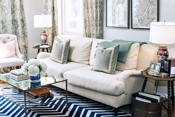 love this couch // home tour