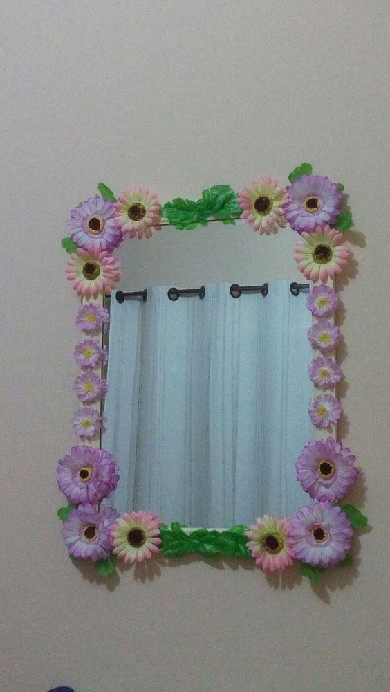Decoração de quarto. Espelho com flores de plástico.  #diy #decor