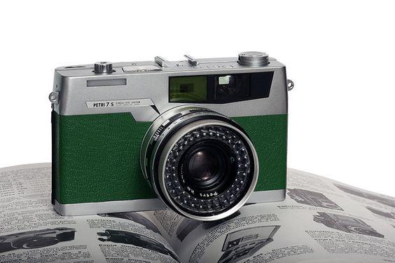 Petri 7s Green Leather by darronbarnes, via Flickr