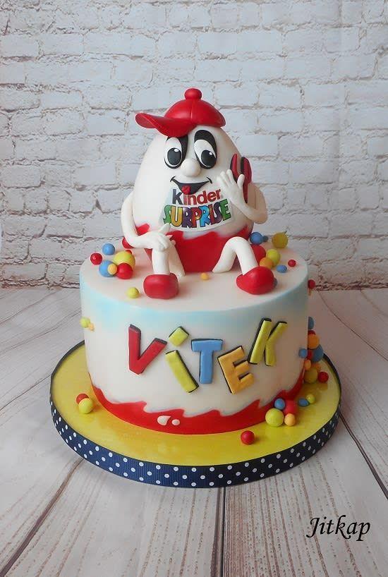 kinder joy cake design Kinder Überraschung von Jitkap - Kindertorte - #Jitkap #Kinder