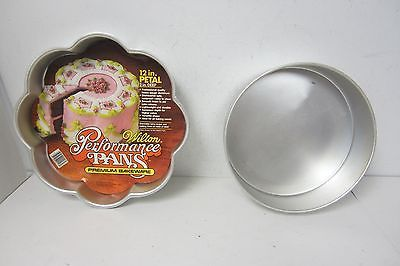 WILTON Appearance CAKE PANS 12 PETAL AND 10 ROUND - PRE OWNED