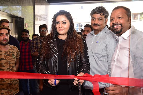 Actress Namitha Inugurate Sultan Briyani's First Outlet In Chennai