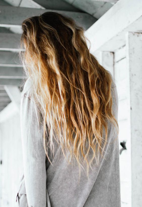 how to help dry frizzy hair