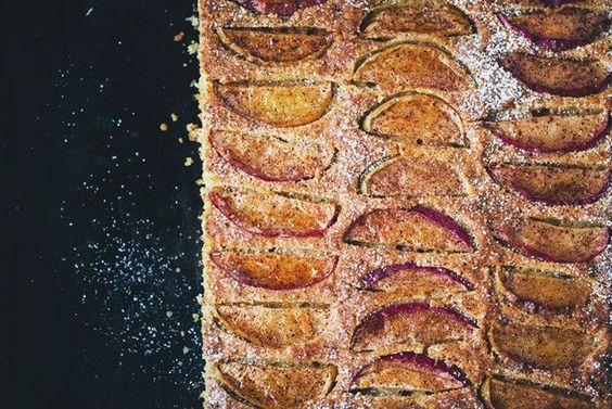 Apple & Cinnamon Tray Cake