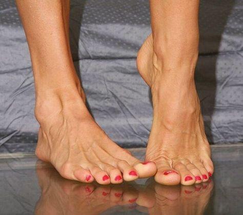 Feet gallery mature Chicago Feet