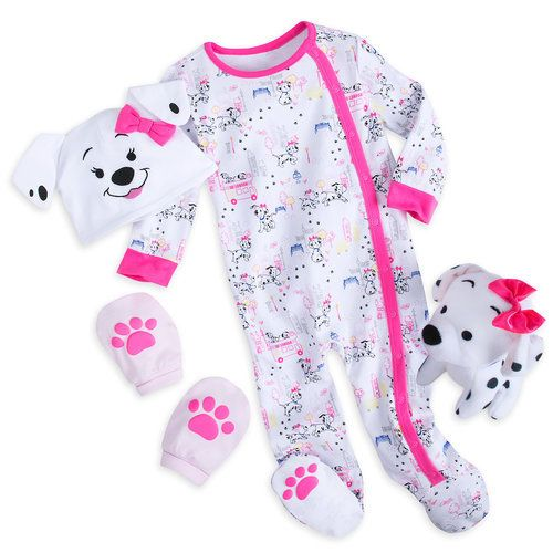 They Ll Look As Cute As A Puppy In This 101 Dalmatians Gift Set For Baby The Adorable Beanie Hat Features Pink Baby Gifts Baby Girl Clothes Baby Kids Clothes