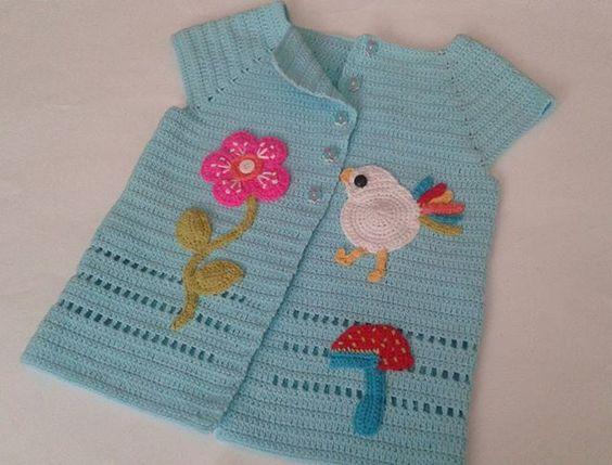 Bebeklerin vazgeçilmezi, olmazsa olmazı şirin bir yelek... #örgü #crochet #crocheting #örgüyelek #yelek #tığişi #knit #knitting #knittersofinstagram #crochetersofinstagram #instacrochet #waistcoat #sipariş #instasatış #online #elemegi #handmade #crocheted #crochetaddict #outfit #yarnart #fashion #sevimli #süslü #bebekyeleği #forbaby #marifet #cute #instagramsatış #online #satıs