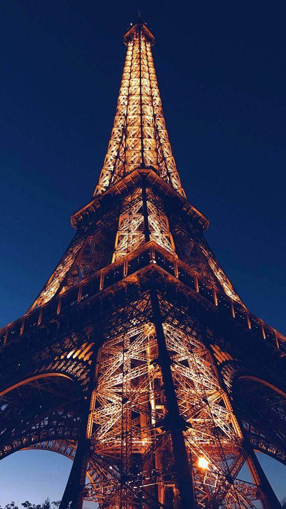 Black wallpaper iphone eiffel tower