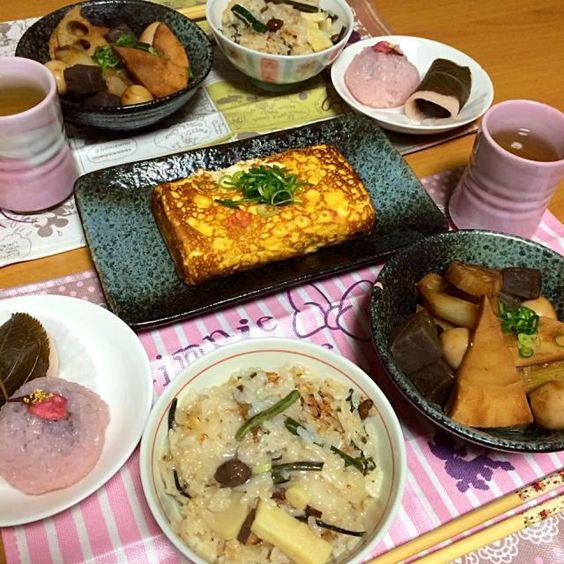山菜おこわ、桜えびの出し巻き卵、筍の甘辛煮込み、桜餅。 - 9件のもぐもぐ - ある日の春ご飯 by coco.
