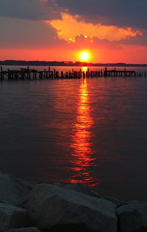 Reflecting Photo Some Favorite Sunrises And Sunsets Photographer Thomas E Dillon Sunset Photography Sunset Pictures Sunrise Photography