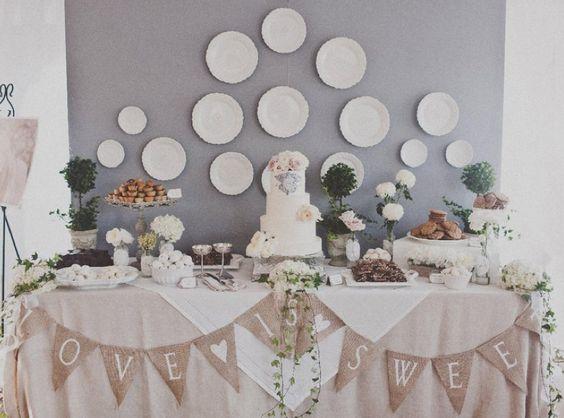 White wedding cakes table