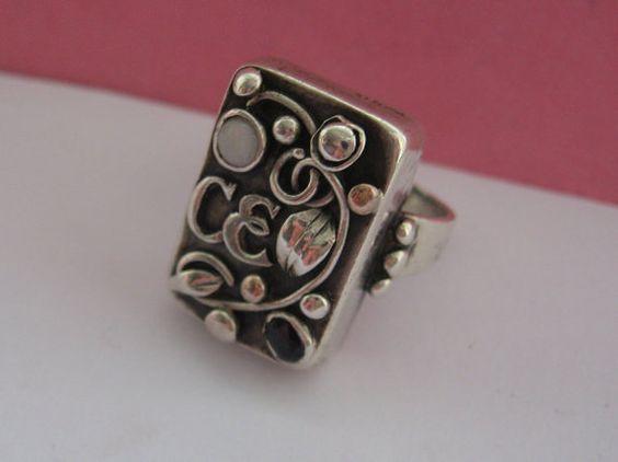 Jugendstil ring. Silver, spphire and opal. Stamped 'Handarbeit'. Sold on Etsy. View 4.