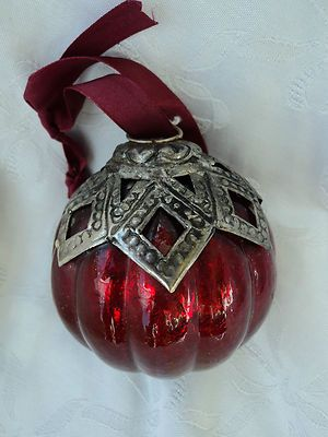 Biedermeier Christmas ball Christmas tree ornaments Christmas Ornament Old Red with Metal