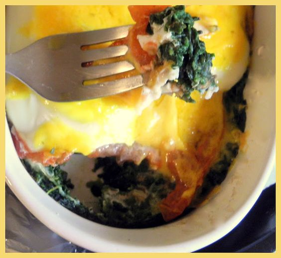 Baked Eggs with Spinach and Tomato | Breakfast and Brunch | Pinterest ...