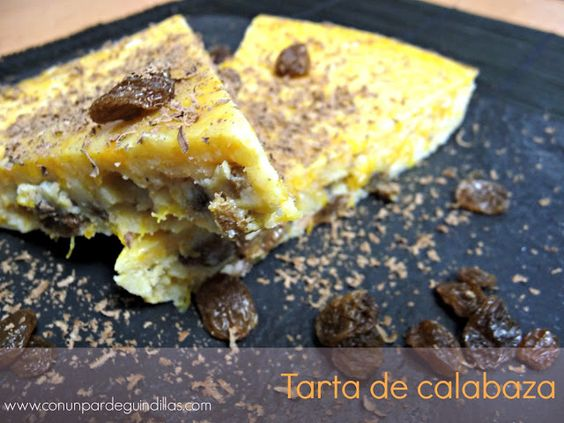 Tarta de calabaza con pasas de corinto y virutas de chocolate negro