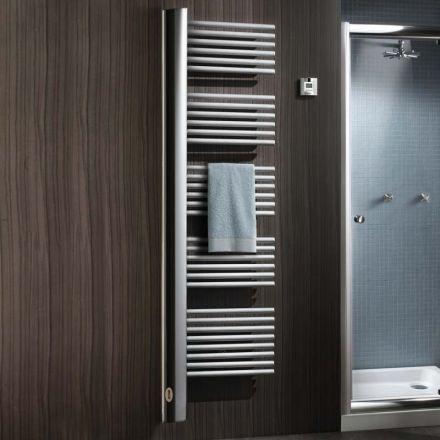 Radiateur sèche-serviettes pour salle de bain Les barres verticales - puissance seche serviette salle de bain