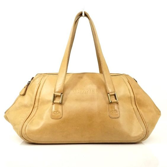 1760c24 Date Serial Code 6483118 Condition Details Good Condition Perfect For Daily Use Outside Minor Rubs Stains On S Chanel Shoulder Bag Leather Bags
