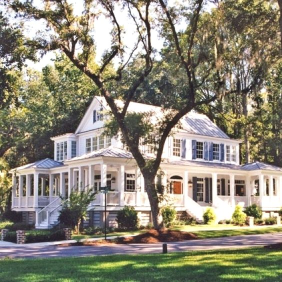 Pinterest the world s catalog of ideas for Southern homes with porches