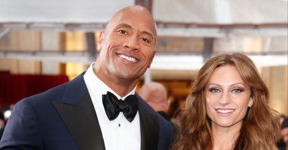 """""""The Rock"""" vai ser pai de uma menina http://angorussia.com/entretenimento/famosos-celebridades/the-rock-vai-ser-pai-de-uma-menina/"""