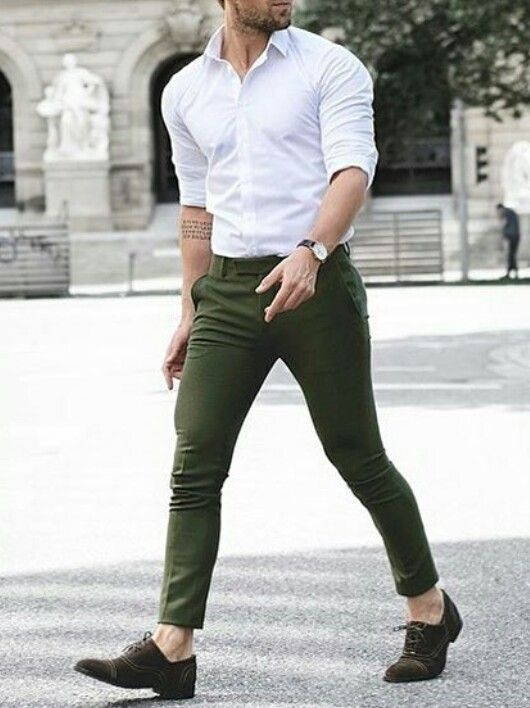 Formal Dress White Shirt In Green Chinos Formal Mens Fashion Stylish Mens Outfits Formal Men Outfit