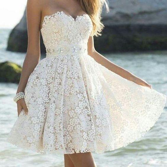 Vestido de renda