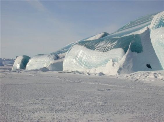 colorful pictures of the stripped iceburgs   Black, Brown And Yellow Stripe Icebergs
