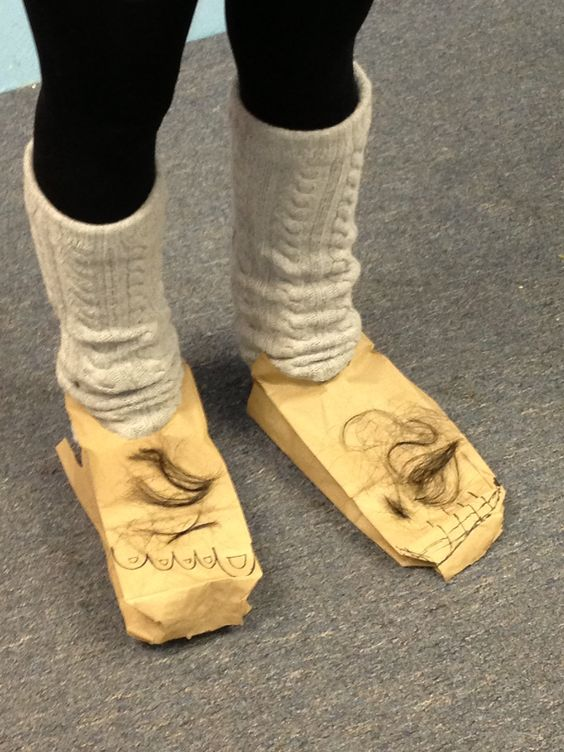 how to make hobbit feet shoes