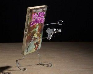 des-livres-deviennent-leurs-personnages-terry-border-flash-gordon