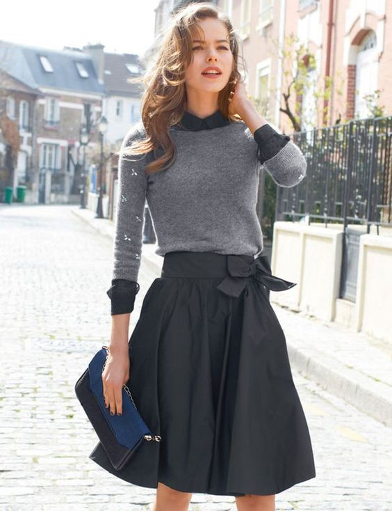 La jupe corolle Jupe corolle noire en taffetas, Mademoiselle R