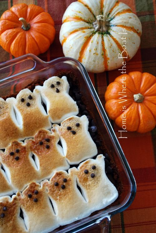 Ghostly Peeps Brownie S'mores  Hard to make, one caught on fire.  Don't do it.  A LOT OF WORK!: Halloween Idea, Ghost Peep, Halloween Recipe, Ghost Brownie, Ghostly Peep, Peeps Brownie, Peep Brownie