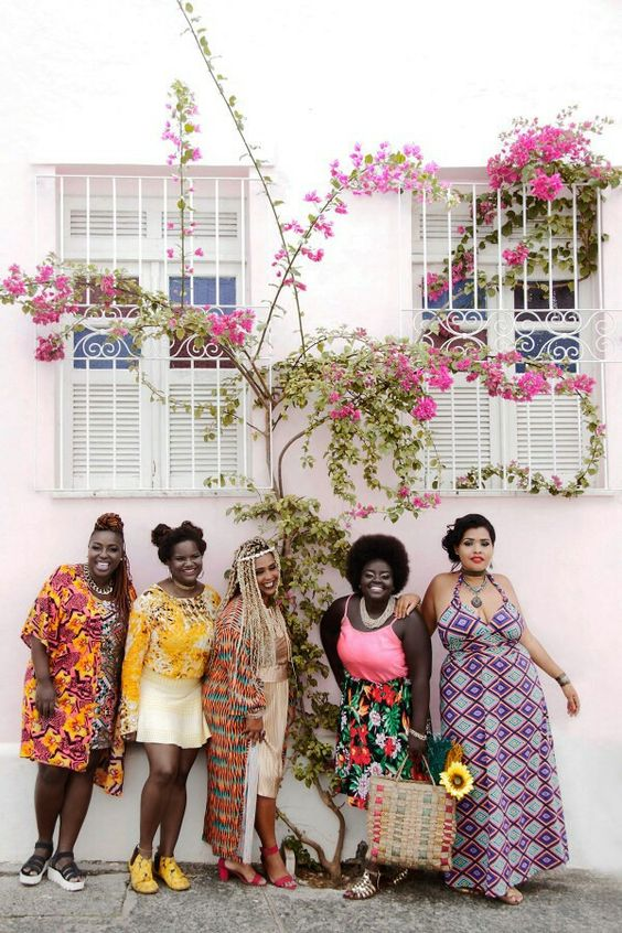 FEATURE: Salvador-based Helemozão Fotopoesia champions fat empowerment in 'GORDA FLOR' editorial. MORE pics here —> http://www.afropunk.com/profiles/blogs/feature-salvador-based-helenmoz-o-fotografia-champions-fat Pictured: Lailane Dórea, Tania Neres and Dandara França
