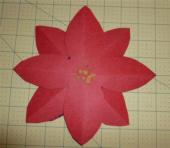 Poinsettia crafts to make and preschool on pinterest for Preschool flower crafts templates