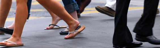 #Tips de #seguridad: cómo cuidarnos cuando caminamos por la calle.  #salud y #bienestar   http://mexico.thebeehive.org/la-buena-vida/tips-de-seguridad-como-cuidarnos-cuando-caminamos-por-la-calle