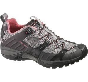 Before stepping foot on the next trail, consider your feet! We put 14 pairs of women's hiking shoes to the test to find the best shoes for hiking and light backpacking. These shoes...