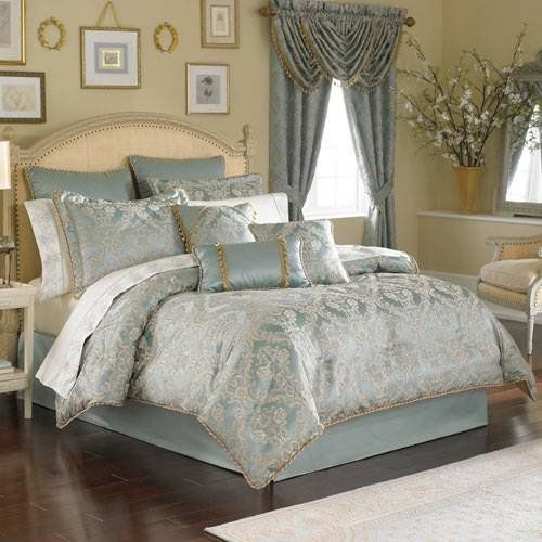croscill bonneville king comforter set 4 piece by croscill one king comforter 110 x. Black Bedroom Furniture Sets. Home Design Ideas