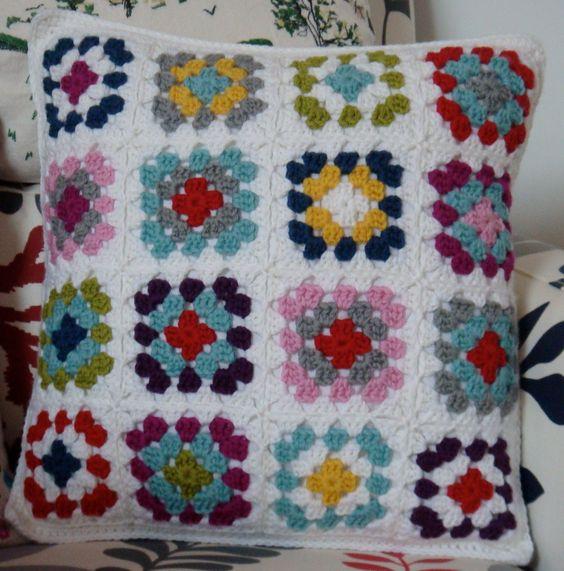 cubrecamas colchas cojines pillows crochet cojines moda ganchillo mantas tejidos cojines crotchet funda de cojn de ganchillo almohada de punto