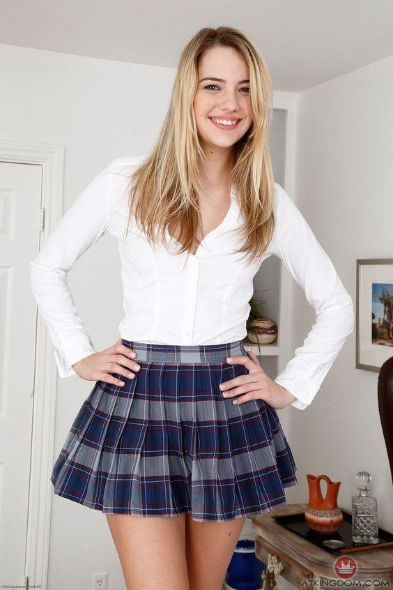 Blue Plaid Pleated Skirt 24