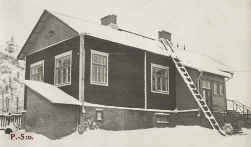 9.1-38 Kuopion Lastentalon neuvonta-asema.