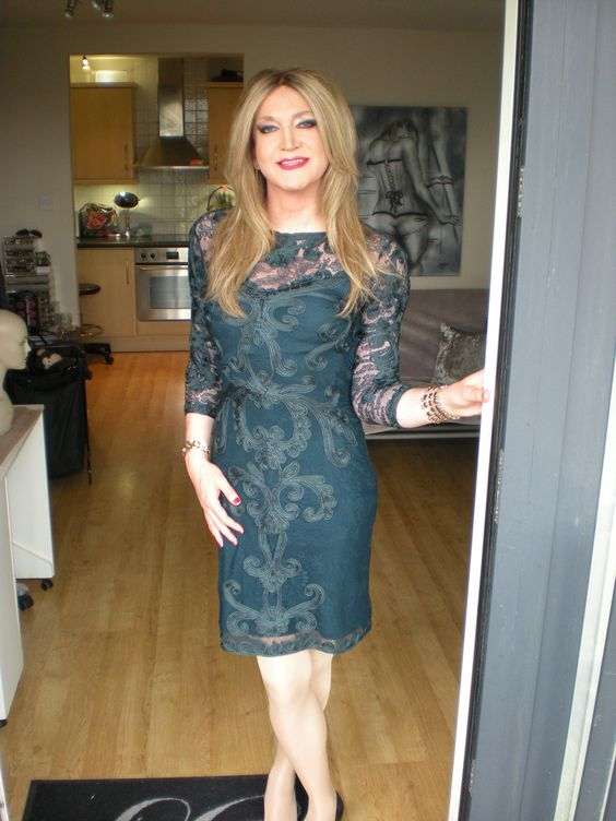 Tranny Housewife 75