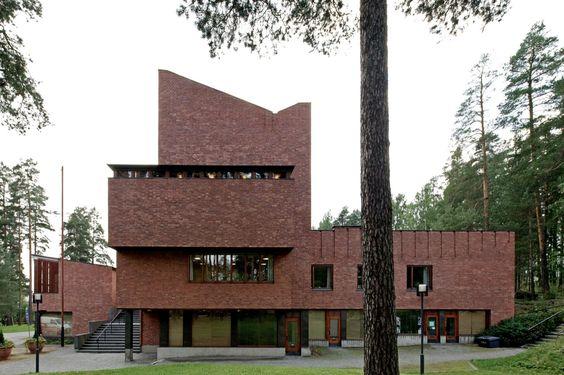 Saynatsalo town hall saynatsalo jyvaskyla finland alvar for Architecture 1950