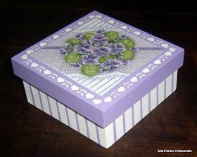 MariHelen Artesanato: Caixa com Sabonetes
