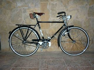 Negra y blanca clásica bike