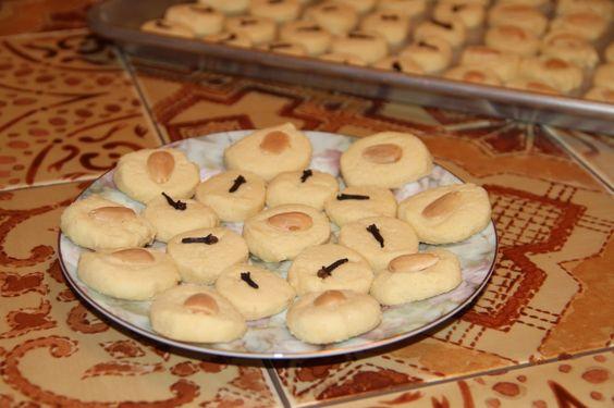Egyptian Butter Cookies (Ghorayeba) | Food of Egypt