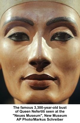 Egypt Antiquities Chief Zahi Hawass to Demand Return of Nefertiti Bust MODA