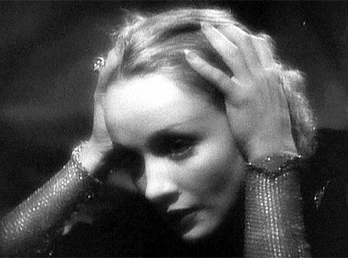 Marlene Dietrich in Shanghai Express (Josef von Sternberg, 1932)
